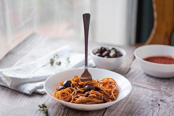 spaghetti puttanesca fine